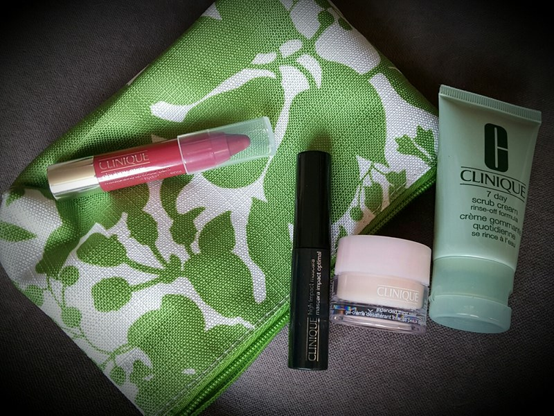 My quest for freebies... High-end beauty on a budget.